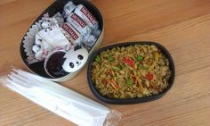 maru-bento.blogspot.com - rice, chicken, camembert, panda!