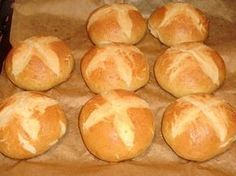 Bajor zsemle recept Pastry Recipes, Bread Recipes, Cake Recipes, How To Make Bread, Food To Make, European Cuisine, Salty Snacks, Hungarian Recipes, Bread And Pastries