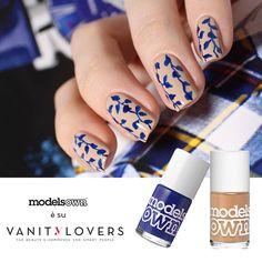 Realizza questa #nailart in differenti varianti di colore con gli #smalti #ModelsOwn colori vibranti, sfacciati ed eleganti. http://www.vanitylovers.com/prodotti-nails/smalti.html?utm_source=pinterest.com&utm_medium=post&utm_content=vanity-smalti&utm_campaign=pin-mitrucco