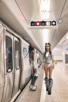 Futuristic Outfits, Futuristic Costume, Futuristic Makeup, Festival Wear, Festival Outfits, Festival Fashion, Outer Space Costume, Space Girl Costume, Cyberpunk Fashion