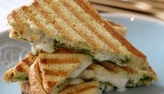 Culy Homemade: supersnelle tosti caprese - Culy.nl