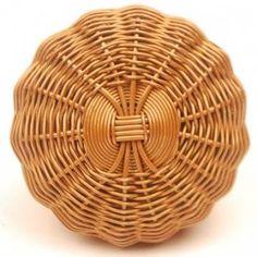 Bronze Colored Metal Wire Weaved Knob - PotteryVille. Пример оформления начала круглого дна