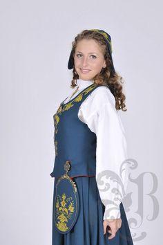 Romeriksbunad L46 Norwegian Clothing, Clothes, Dresses, Fashion, Outfits, Vestidos, Moda, Clothing, La Mode