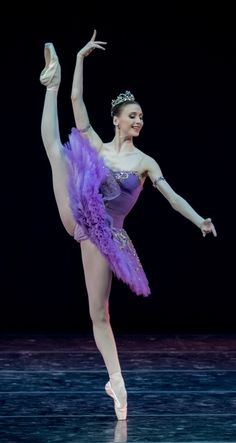 Svetlana Zakharova in Le Corsaire. Photo by Jack Devant