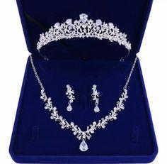Prom Jewelry, Wedding Jewelry Sets, Wedding Sets, Wedding Accessories, Jewelery, Jewelry Accessories, Head Jewelry, Bridal Jewellery, Women Accessories