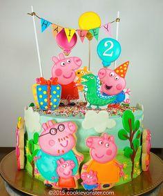 Peppa Pig and family cake Bolo Fake Peppa, Bolo Da Peppa Pig, Peppa Pig Cookie, Peppa Pig Birthday Cake, Bolo George Pig, Tortas Peppa Pig, Pig Cookies, Pig Cupcakes, Peppa Pig Family
