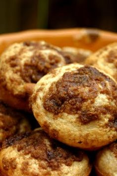 Apple Coffeecake Muffins — A Nation of Moms