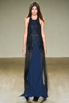 Issa Fall 2015 Ready-to-Wear Fashion Show