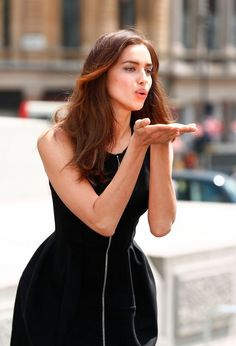 "Irina Shayk Is Flawless At ""Hercules"" Photocall In London"