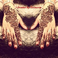 Pretty henna Mehndi Style, Mehndi Art, Henna Mehndi, Mehendi, Hand Henna, Henna Designs Easy, Beautiful Henna Designs, Henna Tattoo Designs, Henna Tatoos