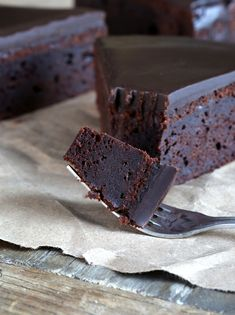 One Bowl Gluten Free Chocolate Cake. This looks to die for.