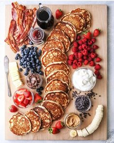 """Build Your Own Pancake Board - Completely Delicious - - This fun and creative """"build your own"""" pancake board with all the toppings is perfect for breakfast, brunch, and even brinner! Charcuterie Recipes, Charcuterie And Cheese Board, Cheese Boards, Charcuterie Platter, Brunch Recipes, New Recipes, Favorite Recipes, Brunch Food, Brunch Buffet"""