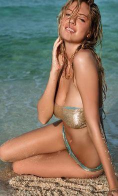 Kate Upton nudo modellazione