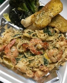 follow @youh8key for more ♡ Seafood Recipes, Cooking Recipes, Healthy Recipes, Food Porn, Pasta, Food Goals, Aesthetic Food, Food Cravings, I Love Food