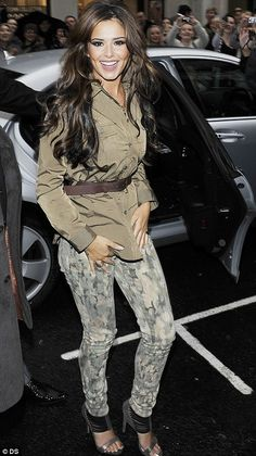 Cheryl Cole - cute outfit!!! Love the ombre colors or her hair!