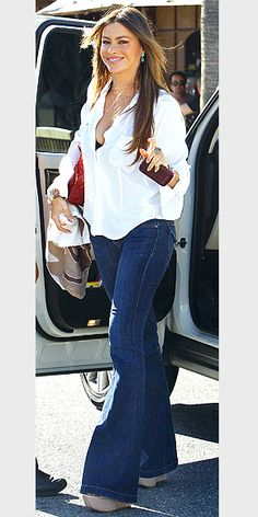 Daily Outfit Idea: Victoria Beckham Demonstrates How to Wear Bell ...