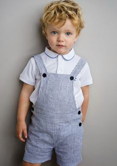Neck & Neck is a popular European kidswear brand, whose many designs have been seen on the adorable Prince George. The Spring/Summer Toddler Boy Fashion, Toddler Boy Outfits, Toddler Boys, Outfits Niños, Spring Outfits, Kids Outfits, Summer Boy, Spring Summer, Summer 2014