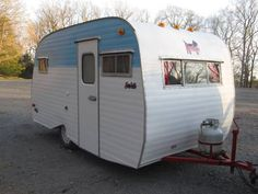1966 Serro Scotty Sportsman 15' Vintage Campers Trailers, Vintage Caravans, Camper Trailers, Scotty Camper, Serro Scotty, Tiny Camper, Cool Campers, Happy Campers