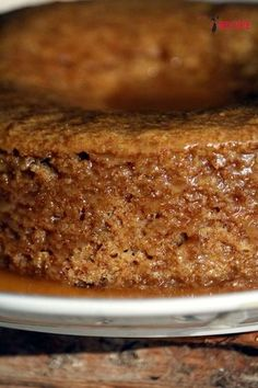 My god of my god of my god that this cake is good! Incredibly mellow … - Quick and Easy Recipes Sweet Recipes, Cake Recipes, Dessert Recipes, My Recipes, Vegan Recipes, Bolo Flan, Food Cakes, Cupcake Cakes, Vegan Vanilla Cake