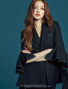 Lee Sung Kyung - Harper's Bazaar Magazine February Issue 2016 Korean Actresses, Korean Actors, Actors & Actresses, Sung Hyun, Lee Sung Kyung Hair, Lee Sung Kyung Photoshoot, Lee Sung Kyung Fashion, Korean Photoshoot, Joo Hyuk