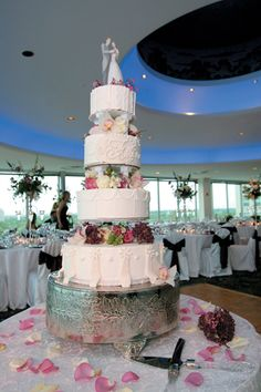 This gorgeous Wedding Cake was created by the pastry chef at The Chase Park Plaza Hotel.  Perfect for the setting of the rooftop Zodiac Room.