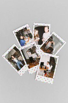 Camara Instantanea - Ideas That Produce Nice Photos Irrespective Of Your Skills! Instax Mini 8 Camera, Fujifilm Instax Mini 7s, Polaroid Instax, Instax Mini Film, Polaroid Cameras, Polaroid Wall, Polaroids, Instax Mini Ideas, Polaroid Pictures