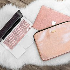 Save OVER 15% when you bundle the Laptop sleeve, Macbook Case, and keyboard cover together. + Includes: Rose Gold Laptop Sleeve, Rose Gold Glitter Macbook Case, Rose Gold Keyboard cover