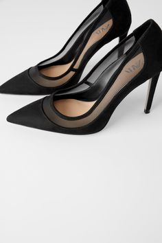 ZARA - Female - Mesh heels - Black - 9 Source by xxxLifestylexxx heels Black High Heels, High Heels Stilettos, Shoes Heels Black, Black Pointed Toe Heels, Black Stiletto Heels, Red High, Gucci Princetown, Cute Shoes, Me Too Shoes