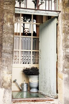 Lourmarin by Juls1981, via Flickr