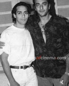 Photos | Businessofcinema.com | Young Salman Khan with Bollywood Friends | Young Salman Khan with Bollywood Friends Salman Khan Young, Shahrukh Khan, Movie Teaser, Bollywood Stars, Asian Actors, Dream Guy, Rare Photos, Cute Couples, Cinema