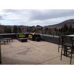 My balcony/patio at the Limelight Lodge in Aspen this week.  $105/nt in Aspen, even an amazing $$$ in the off season.  Best deal evah!!!!  Limelighthotel.com