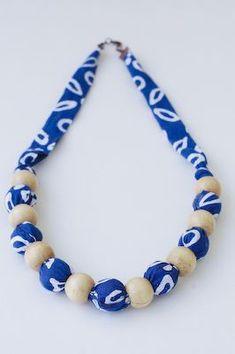 Diy Jewelry 464785624043384344 - Bubbly Blue Necklace Batik Indonesia Source by Diy Jewelry Necklace, Fabric Necklace, Blue Necklace, Jewelry Crafts, Jewelry Art, Jewelry Design, Beaded Necklace, Ear Jewelry, Dainty Jewelry