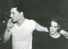 Johnny Depp & Winona Ryder.