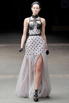 Alexander McQueen Fall 2011 Ready-to-Wear Fashion Show