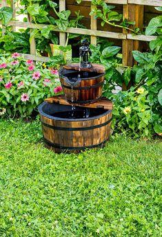 22 Outdoor Fountain Ideas How To Make A Garden Fountain in Awesome Fountains Backyard - Home Design Ideas Backyard Ideas For Small Yards, Small Backyard Gardens, Small Backyard Design, Small Backyard Landscaping, Small Gardens, Landscaping Ideas, Modern Backyard, Small Backyards, Small Patio