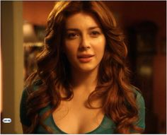 Elena Satine - Mera on Smallville Oh my god. How did I miss her?!