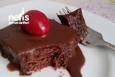 10 Minuets : Non-Baked Bomb Pie (Not Trying Regret) - Yummy Food Recipes Brownies, Turkish Kitchen, Valentine Chocolate, Chocolate Fudge, Mousse, Cake Recipes, Cheesecake, Food And Drink, Pudding