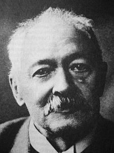 """Prof. Ph.Dr. Josef Pekař (12. dubna 1870 Malý Rohozec[1] – 23. ledna 1937 Praha) byl přední český historik přelomu 19. a 20. století, žák Jaroslava Golla, profesor a rektor Univerzity Karlovy. """"Kniha o kosti"""""""