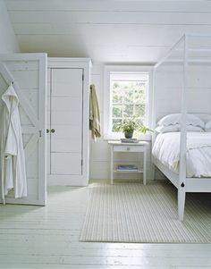 urban farmgirl: {sigh...} love a white painted floor...
