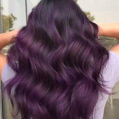 Purple Hair Highlights, Hair Streaks, Hair Color Purple, Hair Dye Colors, Green Hair, Color Highlights, Wine Hair, Brown Blonde Hair, Stylish Hair