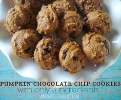 3 ingredient pumpkin chocolate chip cookies... so easy and so delicious!