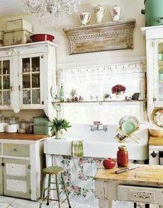 Cpuntry kitchen