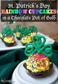 Image result for st patrick's day cupcakes