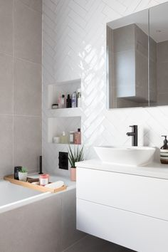 White Chevron Glossy Bathroom Tiles Chevron Bathroom, Small Bathroom Tiles, Upstairs Bathrooms, Bathroom Layout, Bathroom Interior Design, Tiled Walls In Bathroom, Bathroom Tile Patterns, Chevron Walls, Chevron Tile