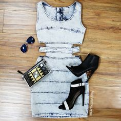 This outfit is everyyyyything! Sweet Dress, Dope Outfits, Swagg, Spring Summer Fashion, Passion For Fashion, Dress To Impress, Jeans, Cute Dresses, Casual