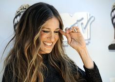 Sarah Jessica Parker ombre wavy hair - Styling inspiration and hairstyle ideas - #hair #inspiration