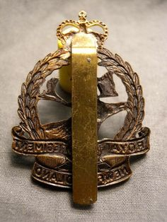 Canadian Soldiers, Canadian Army, Kings Crown, Newfoundland, Wwii, Badge, Bronze, Cap, Metal