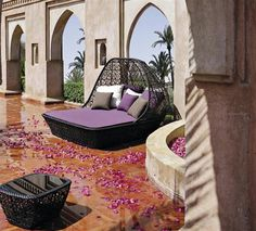 Romantic exterior furniture design.