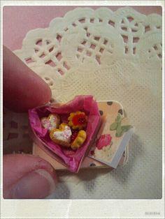 Valentine's day. http://kitchenminiature.blogspot.com