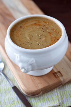 """""""Negative Calorie"""" Roasted Asparagus and Cauliflower Soup. Only 78 calories, but some experts say it has less than 0"""